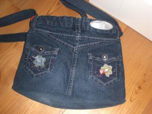 Jeans-Patchwork-Tasche einer Kundin